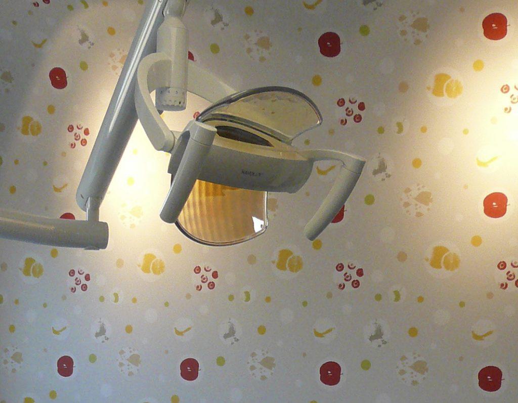 Tapete für eine Zahnarztpraxis-planit4